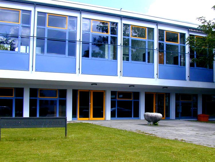 Dach, Fenster & Fassade für Schule