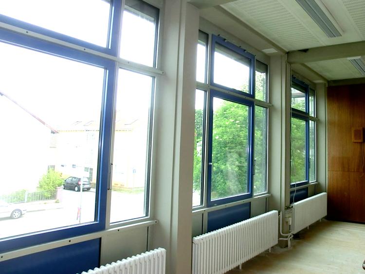 Brandschutz- & Fenstersanierung für Gymnasium